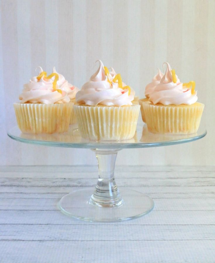 Raspberry Lemonade Cupcakes - The Simple, Sweet LifeThe Simple, Sweet Life