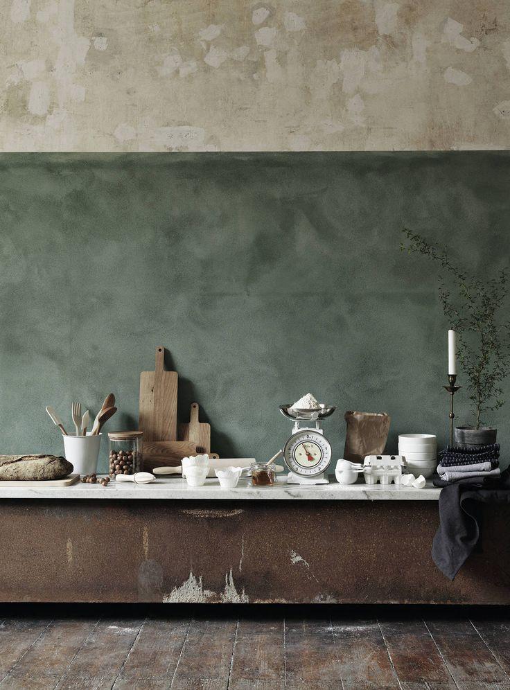 wall treatment -- looks vintage