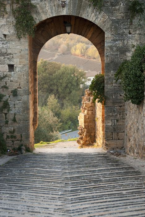 gateway to Tuscany
