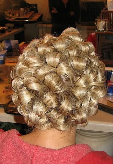 17 Best images about Curlers on Pinterest | Stylists, Kate upton ...