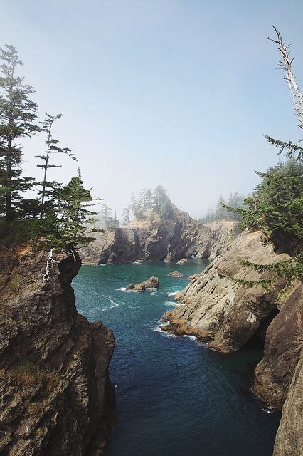 Natural Bridge Cove. Oregon