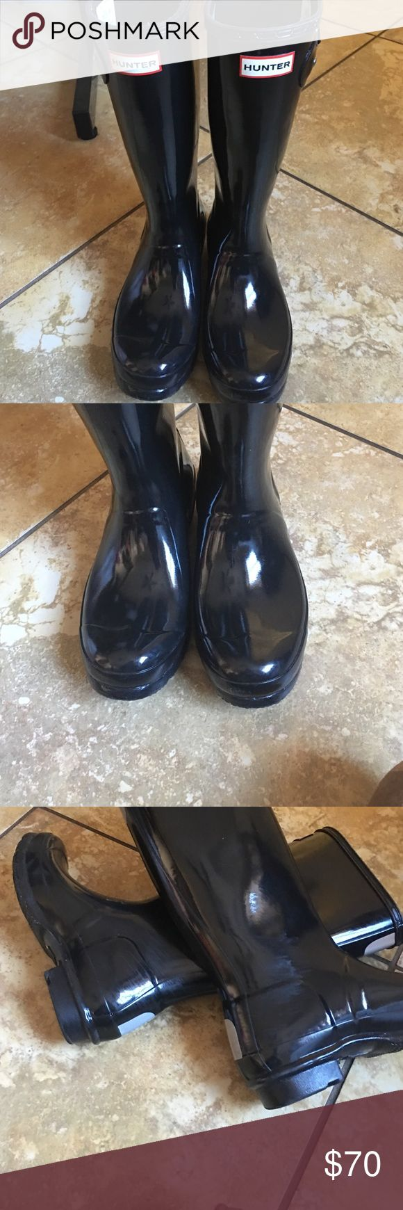 Hunter boots Black hunter boots great condition just a couple of scuffs on the boot as shown in picture but other than that very nice Hunter Boots Shoes Rain & Snow Boots