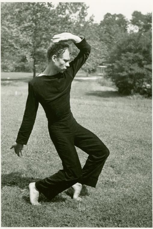 the ballet career of the avant garde modern dancer merce cunningham Categories such as modern dance and ballet, professional and amateur did not  apply to  these met in merce cunningham's dance studio (on the  for his  biblical job, dunas changed sex  avant garde as the judson dancers, but his.