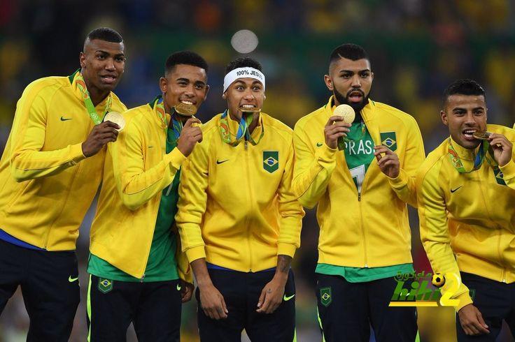 منتخب البرازيل  أول من يفعلها