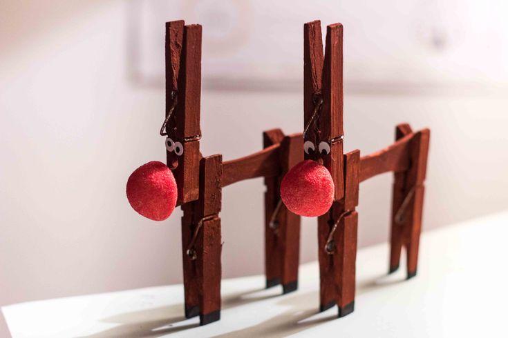 Brico Noël - Fabrique des rennes en pince à linge - LaToileScoute