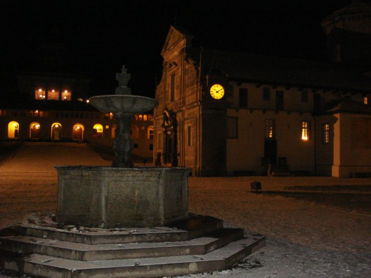 Santuario di #Oropa. #notte #night #neve #snow #church #Madonna #pilgrimage #travel #holiday