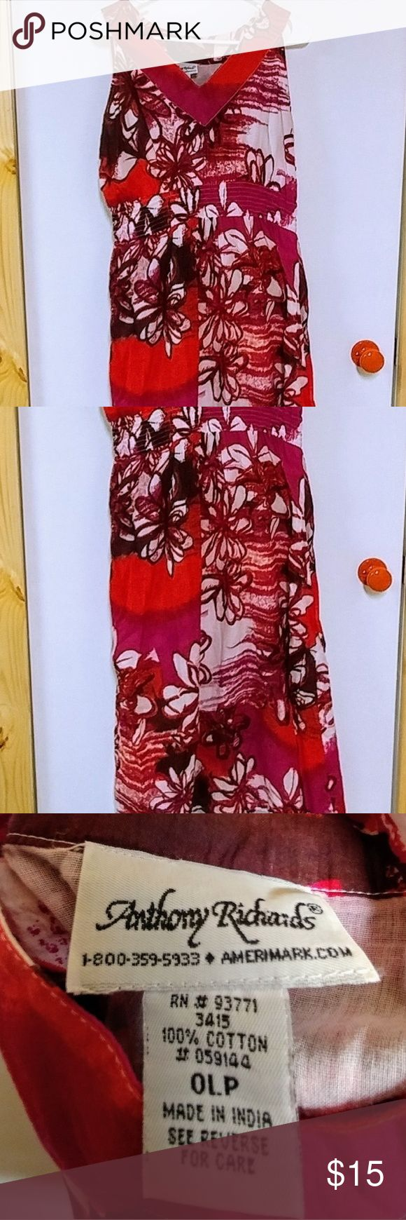 Floral Cotton Sundress Cotton Sundress Sz 0LP not sure the meaning of that but I am an xl or 1x and this fit great. Elastic stretchy under bust Soft light gauze cotton with soft light gauze lining.  Very pretty and comfortable. Excellent condition 💕💕Buy with confidence: 🌹Poshmark Ambassador 🚭Smoke & Pet Free Home 👏Top Rated Seller 4.9🌟 🕣Fast Shipping! 📈Top 10% Seller 🚸Posh Mentor 🎉Bundle Discounts Dresses Midi