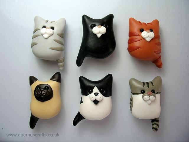 Cat Magnets by QuernusCrafts, via Flickr...a whole bunch of cute pets and characters in this Flickr album