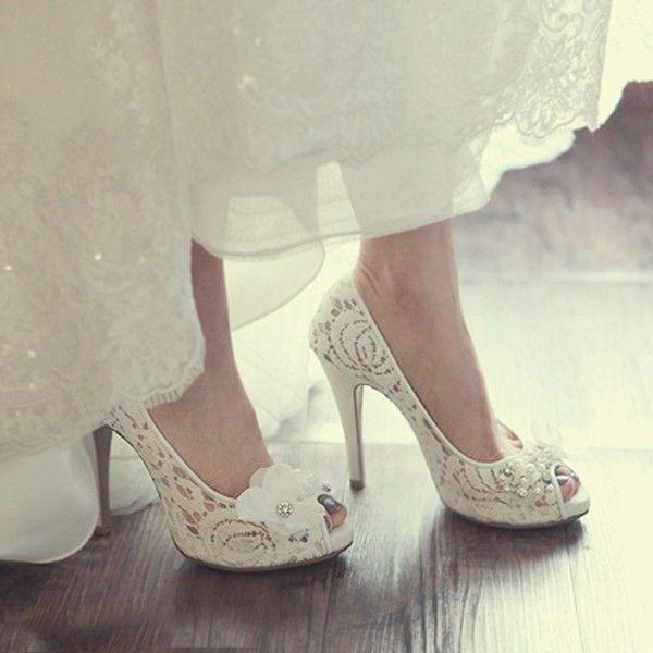Que Color Elegiste Para Tus Zapatos De Novia Bodas Wedding Matrimoniocolombia Matrimonio Shoes Zapatos De Novia Zapatos Blancos De Boda Zapatos De Lujo