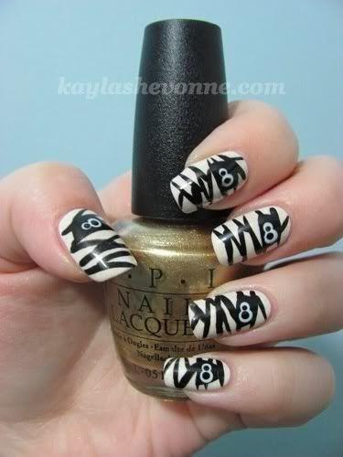 Halloween Nail Art Tutorial - Mummies check out www.MyNailPolishObsession.com for more nail art ideas.