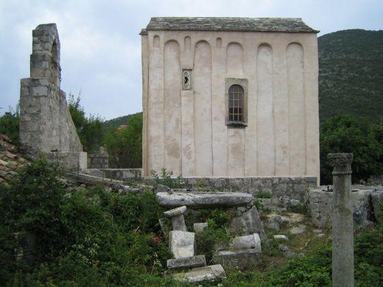he pre-Romanesque church of Sv. Mihajlo (St. Michael) near Ston, 11th century / Croatia #croatia #preromanesque