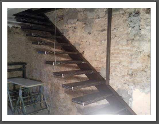 14 best escalier suspendu kit marche beton cir images on. Black Bedroom Furniture Sets. Home Design Ideas