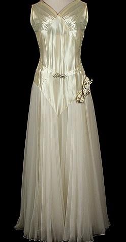 1935 wedding gown