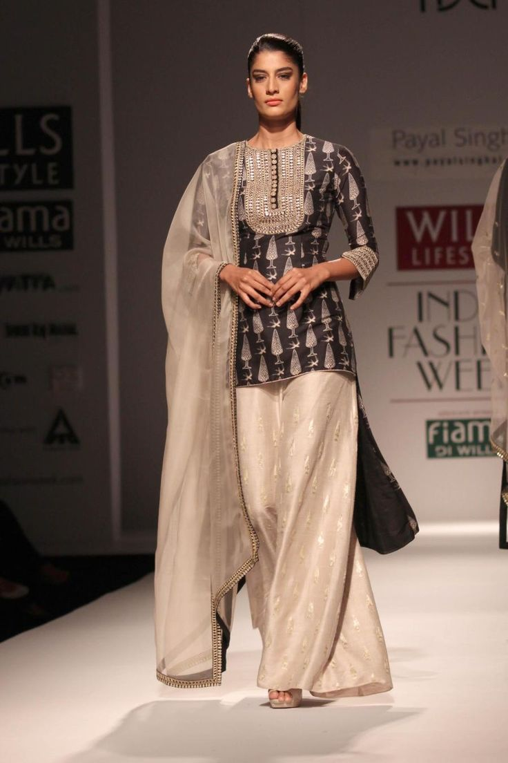 Wills Lifestyle India Fashion Week Summer-Spring, 2015 - Payal Singhal