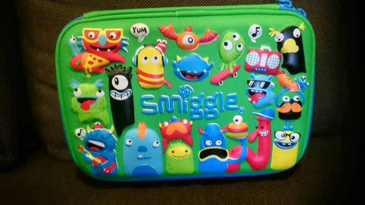Got one for myself:-D hard top pencil case with groovy design from Smiggle:-D my passport, pens, ticket holder:-D multifunctional:-D
