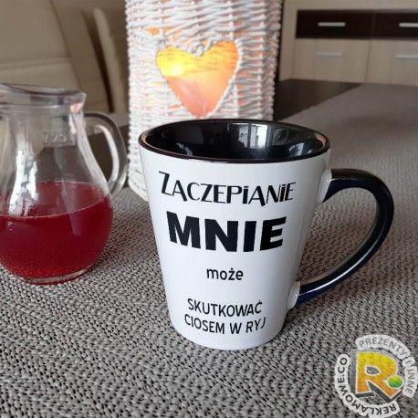 """Kubek """"Zaczepianie mnie może skutkować ciosem w ryj"""" - super pomysł na prezent na dzień chłopaka.  #prezent #dzienchlopaka #dlachlopaka #love #dlaniego #kubek #cup #kawa #caffe"""