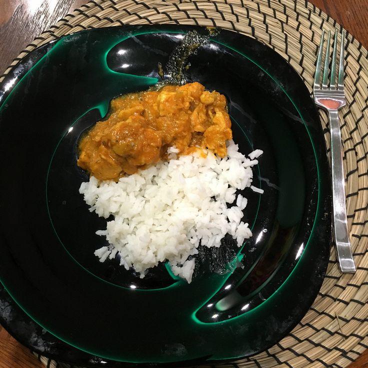 Курица карри с томатной пастой