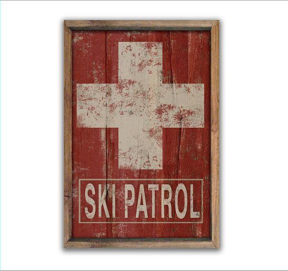 Segno di pattuglia di sci in legno di DesignHouseDecor su Etsy