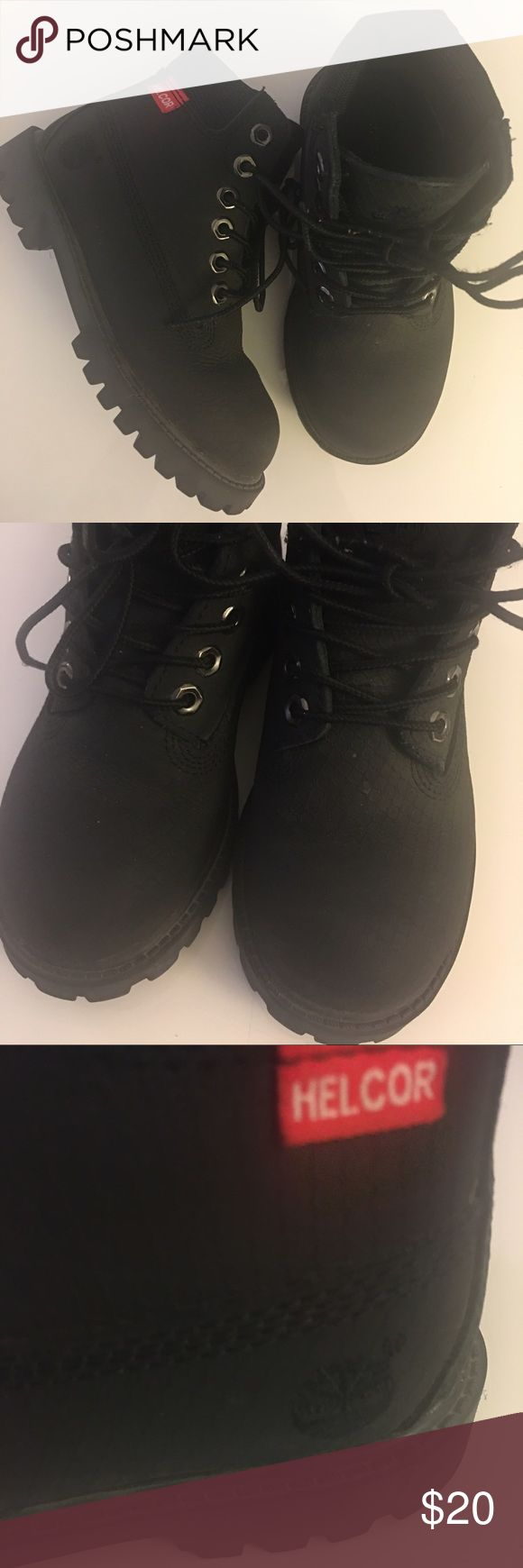 Child size 10 Black Timberlands 😍 Great Condition black Timberland Boots ✨cute for boys or Girls ✨ Timberland Shoes Boots