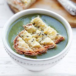 Zupa z pieczonej cukinii i szpinaku | Kwestia Smaku