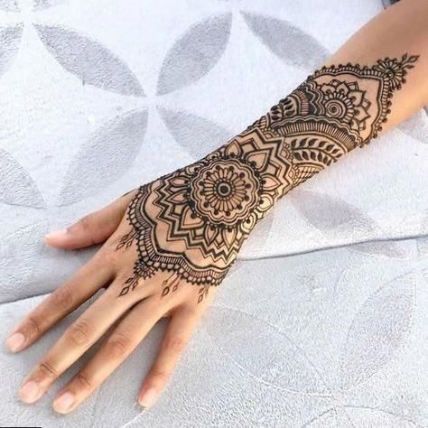 0acc9484a Hennatattoo #tattoo cool tattoos simple, celebrity back tattoos ... Flower  Low ...
