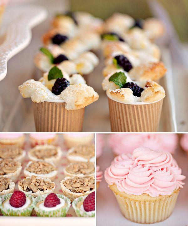Yummy mini angel food cakes w blackberries...love the kraft cups!