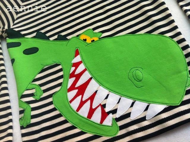 Dino auf Ottobre-Shirt - by aennie