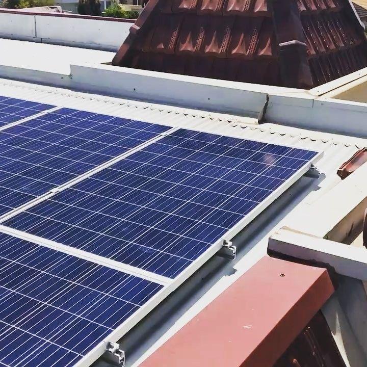 || PANEL INSTALL || Double Story Tin Roof Solar Panel Install - Henley Beach SA  #solarlab #solar #installation #solarpv #solarinstall #panels #install #quality #adelaide #SA #southaustralia #smallbusiness #business #renewableenergy #energy #batterystorage #inverter #solarcutters #sun #sunshine #weather #gosolar #makinginstallseasy #environment #safetyfirst #isolator