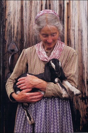 Tasha Tudor...celebrating life and love in a most beautiful and gentle way.