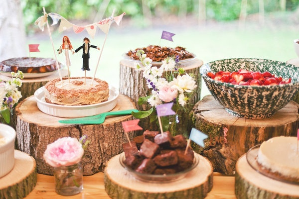 Tree trunks as cake stands.. for my wedding in the forest(: