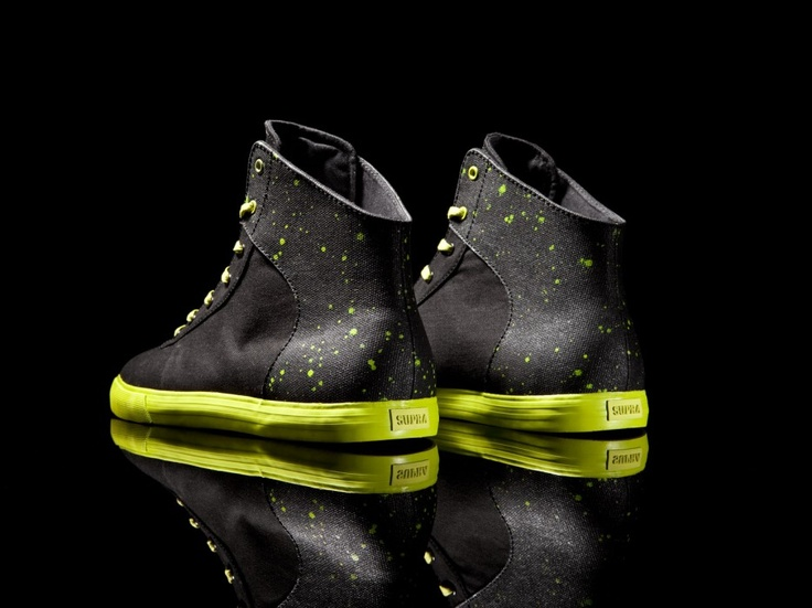 The limited-edition Cuttler features a black canvas upper with fluorescent green splattered black TUF panels, fluorescent green foxing and waxed laces. One of the more recent SUPRA styles, the Cuttler is a clean high top on a low-profile vulcanized sole with minimal branding that is very easy to wear.