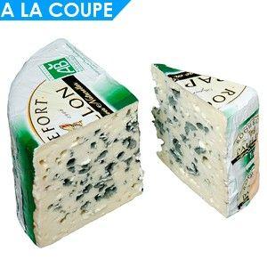 Sir BIO Roquefort AOP Papillon. Tipičen sir zoren z modro plesnijo in pridelan na ekološki način.
