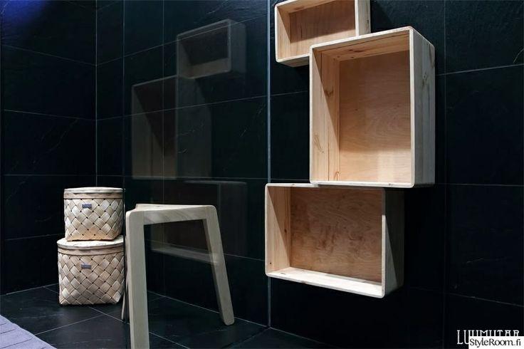"""Käyttäjän """"nanna2"""" suihkutilassa on näyttävät hyllyt. Mainio persoonallinen ratkaisu!  #styleroom #inspiroivakoti #sauna #kylpyhuone"""
