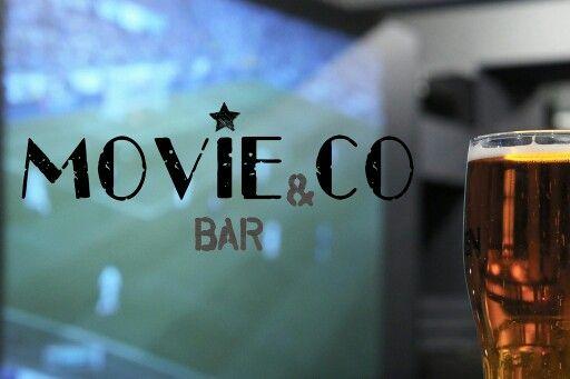 Лучшее крафтовое пиво. Оригинальные бургеры и хот-доги. Большой инновационный черный киноэкран!
