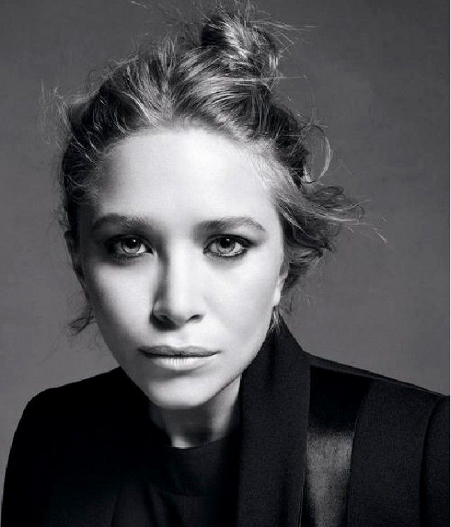 21+Rare+Olsen+Twin+Photos+You've+Probably+Never+Seen+Before+via+@WhoWhatWear: