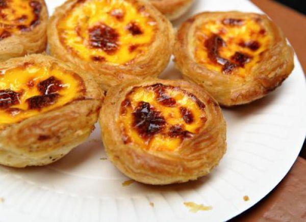 Reţete desert: Tarte portugheze (pasteis de nata) cu cremă de ouă şi vanilie | Unica.ro