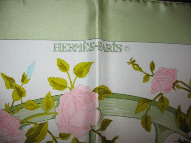 Autenticità foulard Hermès: come riconoscere un falso