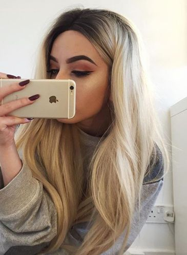 Blonde Brazilian Human Full Lace Wigs Ombre Human Lace Front Wig Black 613# Lace Front Wigs Two Tone Human Hair Wigs Item Type:Wig Material:Human Hair Density:130% Cap Size:Small,Large,Average Size Ne