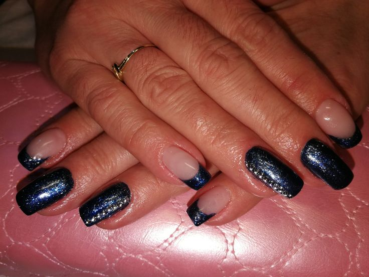#bluenails #brilbird #swarovski #nails