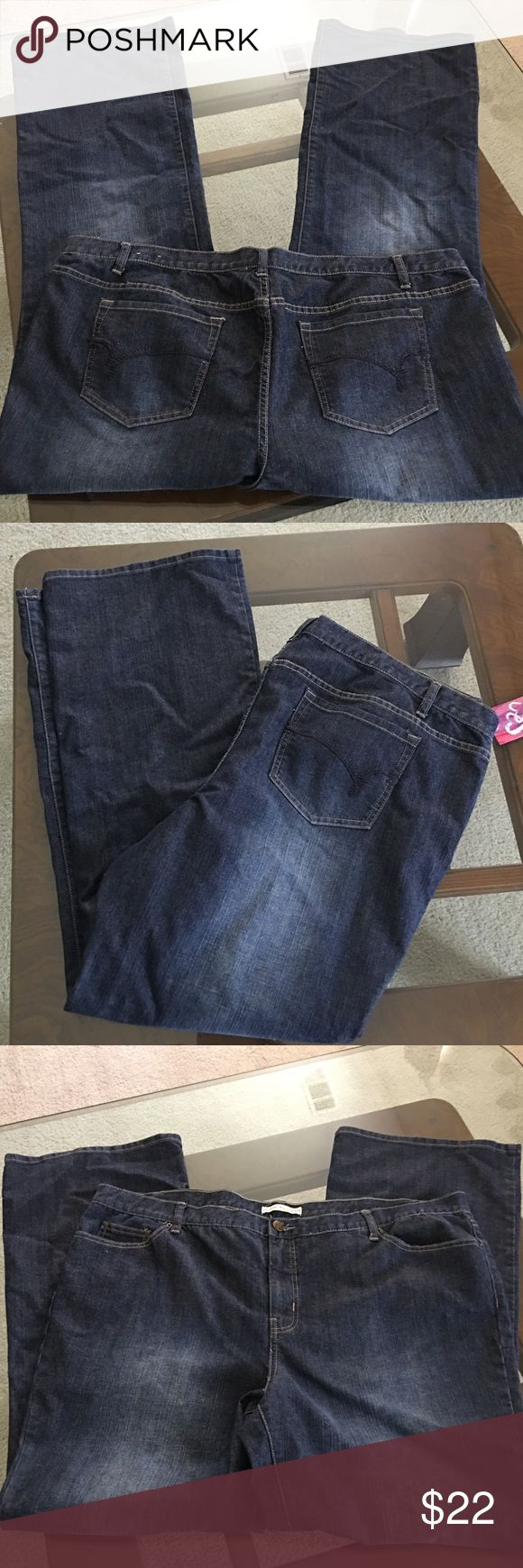 "Fashion Bug plus sz 28 Tall jeans boot stretch Fashion Bug plus sz 28T Tall jeans, boot cut, stretch cotton/poly/spandex, waist = 46"" inseam = 34.5"". Excellent condition. Fashion Bug Jeans Boot Cut"
