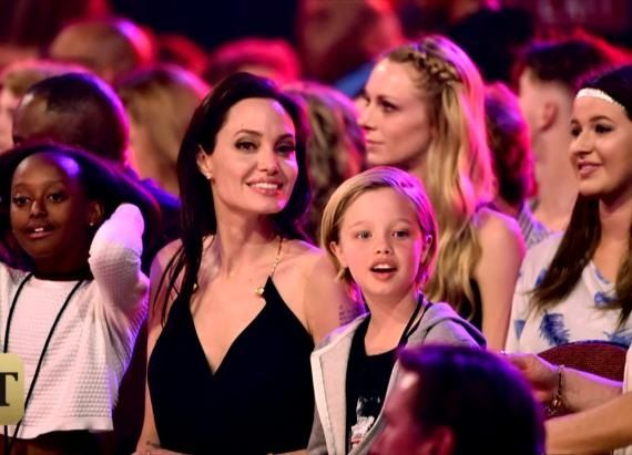 Angelina Jolie Brings Daughters To Kids' Choice Awards In Rare Appearance