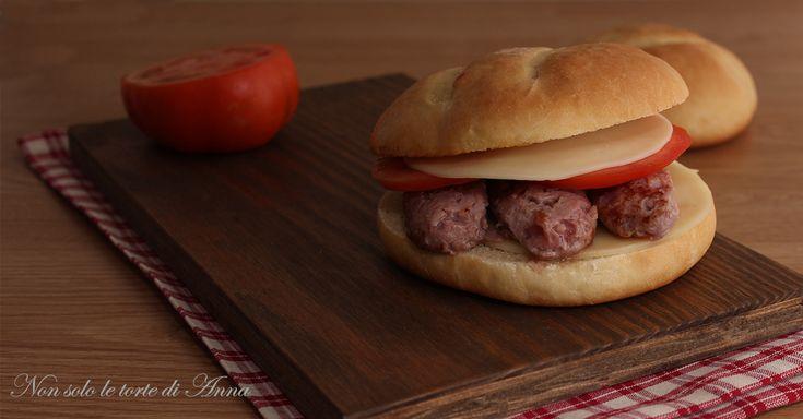 Panino+home+made+con+la+salsiccia