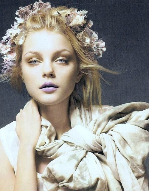 Jessica Stam by Liz Collins for Vogue UK, February 2007