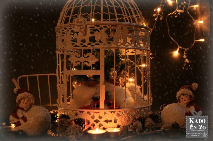 Zo leuk die vogelkooi(en). We hebben ze in het wit & antraciet. PS. ook leuk met de kerst ☺!! Natuurlijk Kado en Zo Balk
