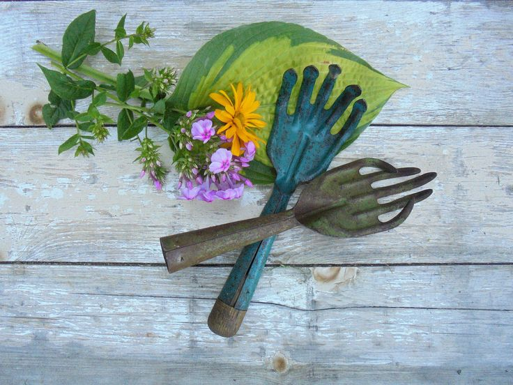 Pair of Rustic Gardening Hand Tools, Gardener's Hand Tools, Primitive Cultivators,Colorful Rustic Vintage Gardening Tools,Potting Shed Decor by Imperfetions on Etsy