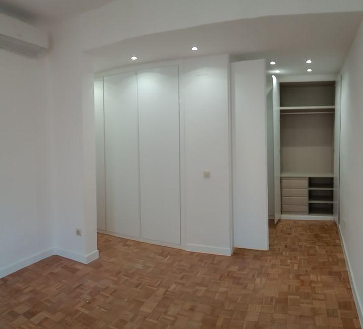 Carpintería interior, tablero melamínico blanco.