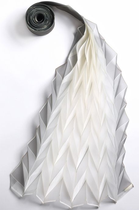 Origami pleat, collection of smithsonian Cooper-Hewit