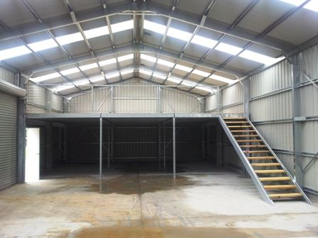Mezzanine Floor In 2019 Metal Building Homes Metal