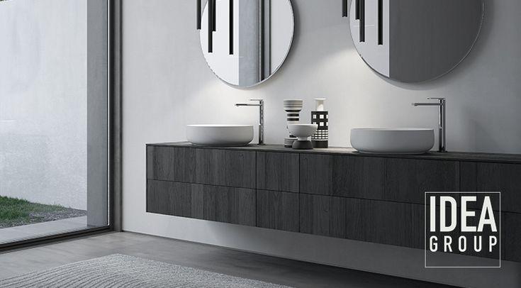 Sense by Aqua in teak sabbiato nero con lavabi in appoggio e specchiere