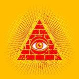 Pirámide y ojo Imágenes de archivo libres de regalías
